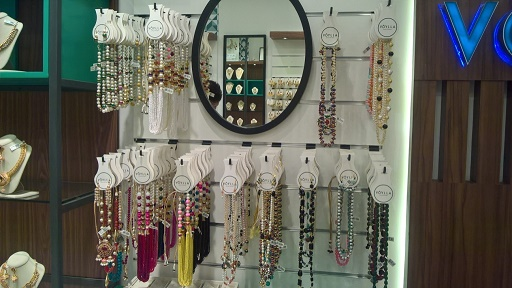 Voylla Com Launches Its First Fashion Jewellery Accessories Store In Noida