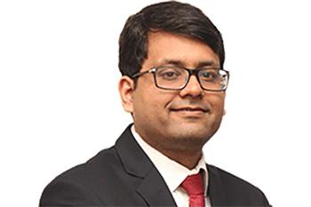 Abhimanyu Sofat, IIFL