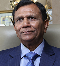 Satish Kumar Agarwal, Chairman & Managing Director, Kamdhenu Limited