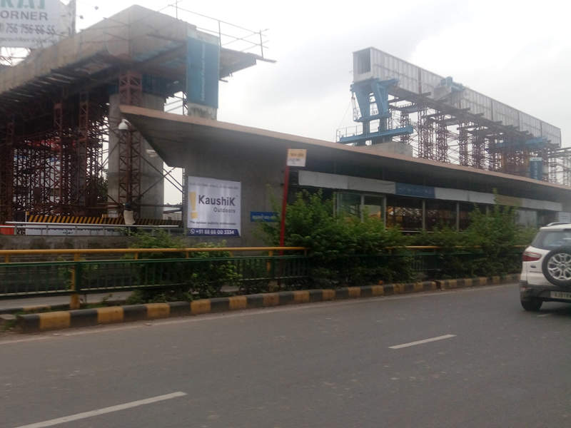 A Metro construction site in Ahmedabad. | IndiaInfoline